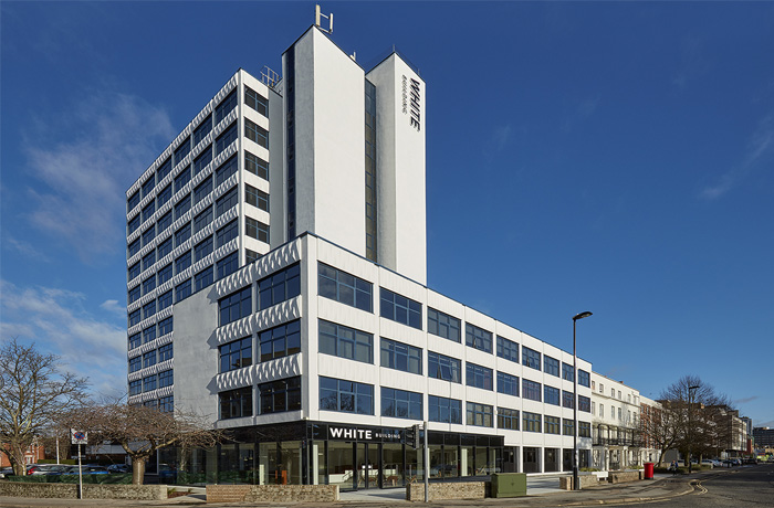 White Building Southampton Commercial Decorating Job